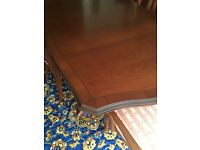 Stag Mahogany Extendable Dining Table & 6 Chairs