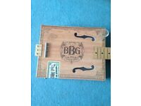 Blues box guitar with glass slider