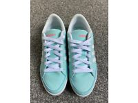 Adidas Mint Green Women's Trainers UK Size 5.5