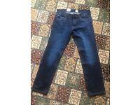 Brand new HUGO BOSS jeans for men. Never used – label still on it