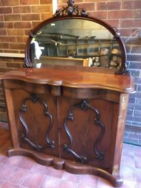 Antique sideboard in very good condition. Open to offers.