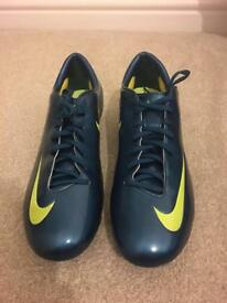 Brand New Nike Mercurial Football Boots UK 10