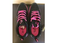 More mile UK 6 brand new mud race sport trainers