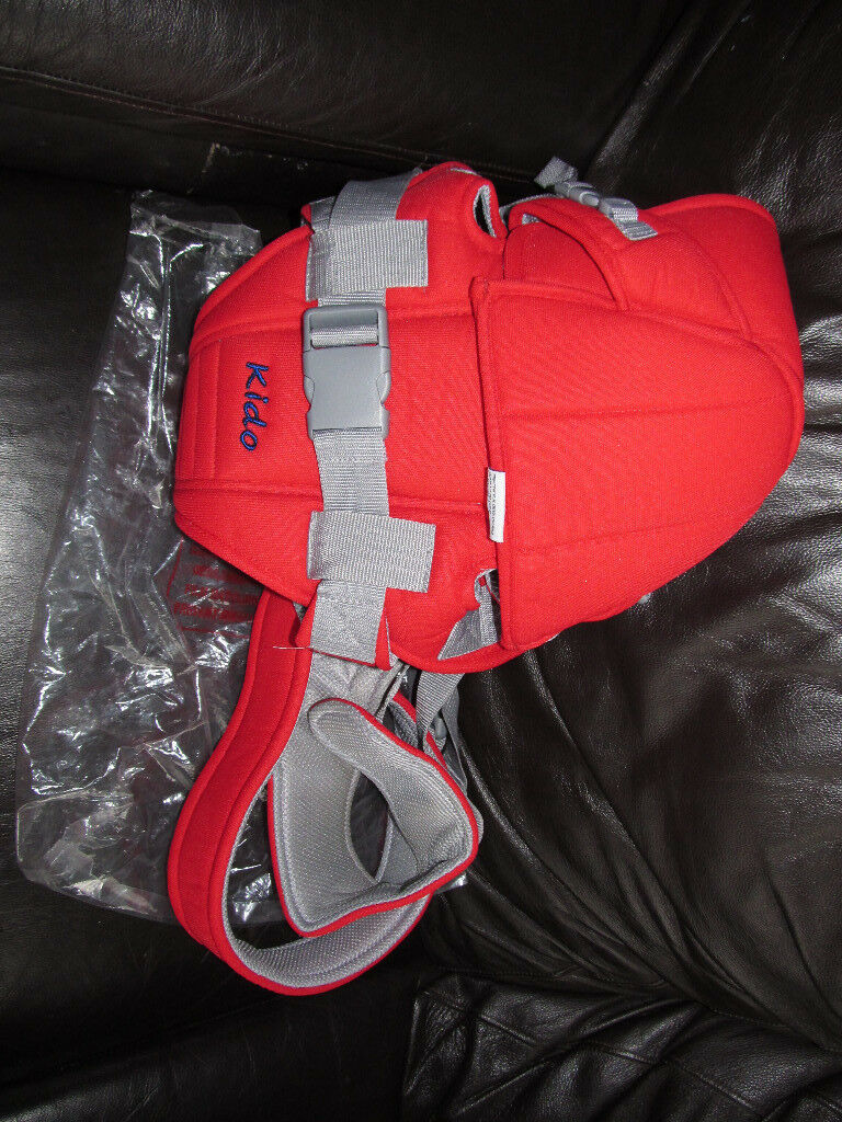 baby carrier new,never used,no boxin Stalybridge, Manchester - hi I have for sale a baby carrier ,never used because I had two of those from a pet/smoke free home sk15 pick up