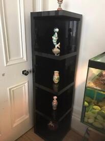 Black gloss corner stand