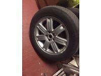 "Range Rover 19"" alloy rims"