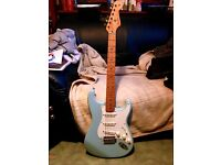 2005 Fender Strat 50's Classic Player Series - Daphne Blue