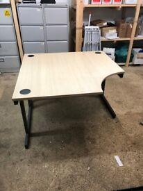 Office corner desk wooden with metal legs