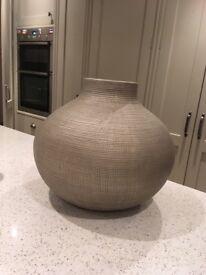 Vases /plant pots