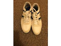 Men's Lacoste trainers size 10 barely worn