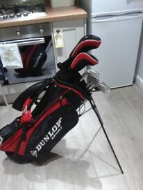 *** FULL SET LOVELY DUNLOP GOLF CLUBS + GOLF BAG WITH STAND AND HOOD + 12 BALLS + TEES ***