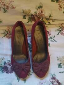 Red heels size 5