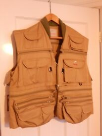 Englands Doctors Fly Fishing Jacket - Does NOT have the life vest system