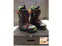 Men's Burton snowboard boots size 8
