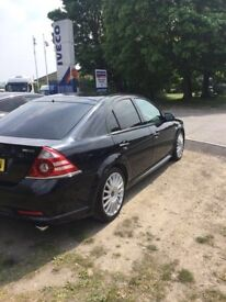 Very rare and very good example of a stunning Ford Mondeo ST220, with lots of factory extras