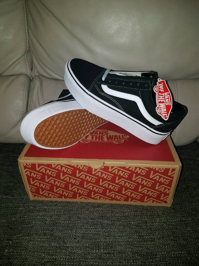 old skool vans trainers size 5