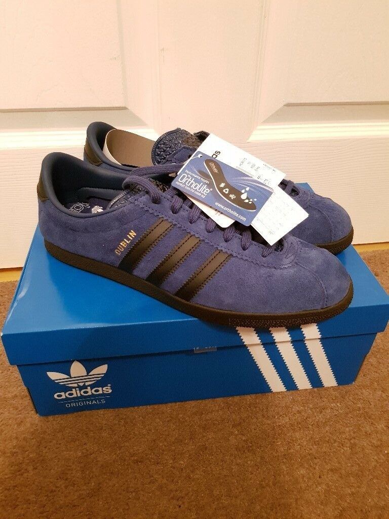 best website f05ba 8d876 Adidas Dublin Taiwan, Size Exclusive, UK Size 10, new with tags