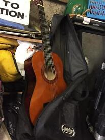 Guitar for beginners in good condition