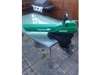 Qualcast Turbovac 1100 Leaf blower & Vacuum