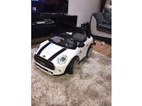 BNIB Kids 12V Mini Cooper Ride On Electric Car 36m+ optional parental controls