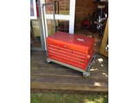 Professional 6 drawer Toolbox complete with tools