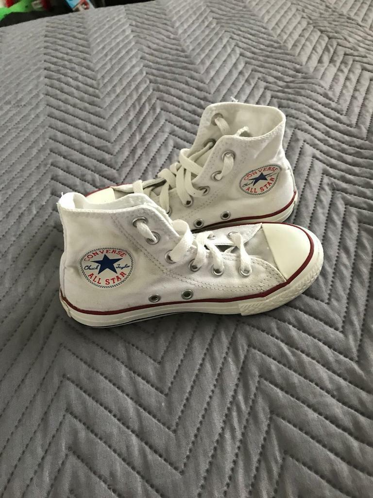 79e01ac45c1 Kids white converse size 11
