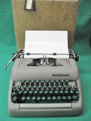 Art Deco 1953 Smith Corona Silent Typewriter 5s Series Tweed Case Refurbished