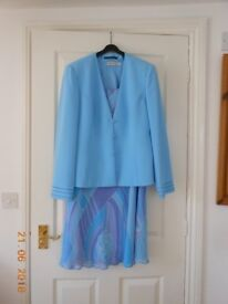 Jacques Vert three piece outfit - jacket, top and skirt. Size 12/14.