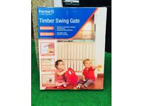 Child gate made from timber brand new (never opened)