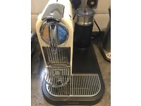 Magimix Nespresso Machine with milk frother + 70 pods