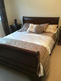 Bedroom set- REDUCED