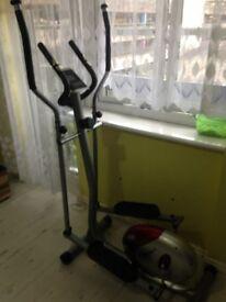 cross trainer in good conditio used