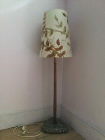 Original vintage standing lamp, good condition, European fittings as from former DDR.