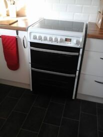 Electric free standing cooker
