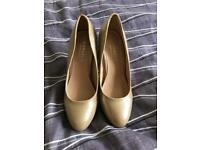 Kurt Geiger Carvela gold court heels