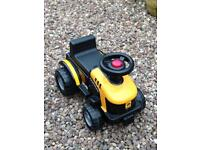 Toddlers JCB Ride on tractor