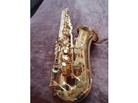 Yamaha Alto Saxaphone Yas - 275: Excellent condition, barely used, with accessories.