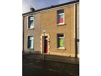 2 bedroom terraced property in imaculate condition throughout . Close to all local amenities.
