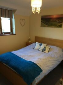 Comfortable Double room in pretty village of Uffington