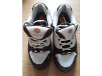 Heelys Adult Size 7 brown suede and white