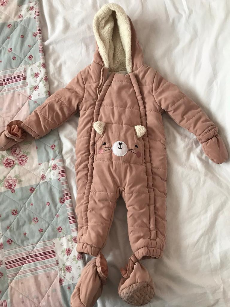 c3a8c73b1 9/12 Months Old Baby Girls Snowsuit/All In One Coat In Good Condition!  Hardly been worn.