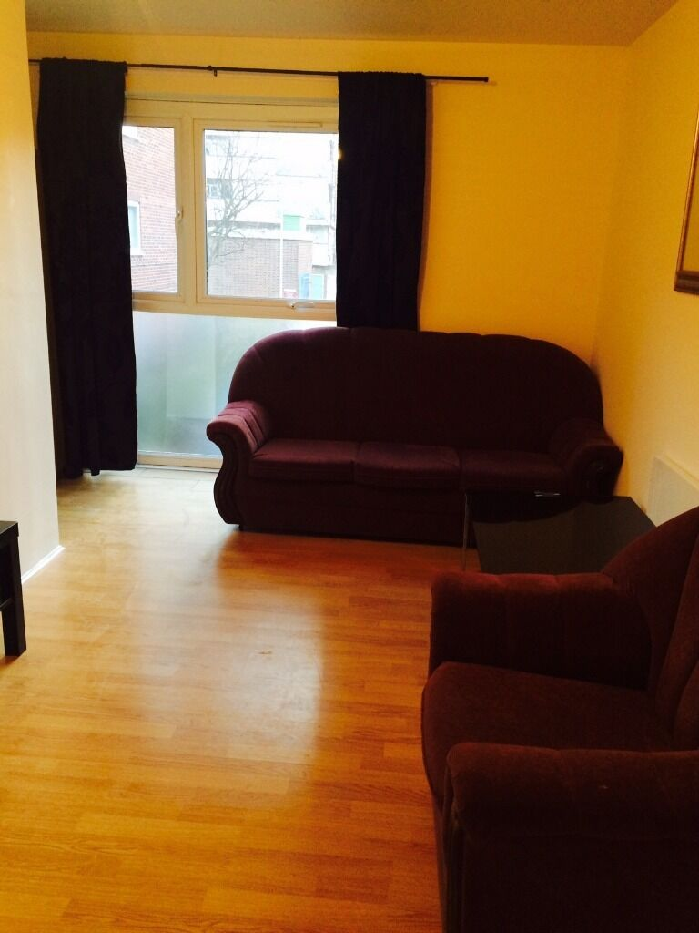 PURPOSE BUILD 2 BED FLAT TO RENT IN STRATFORD! FULLY FURNISHED. VERY CLOSE TO STARTFORD STATION!