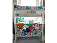 Cosatto baby changing unit with integral bath