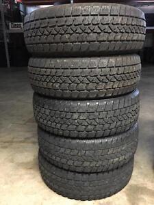 Set of five 195/65R15 winter tires