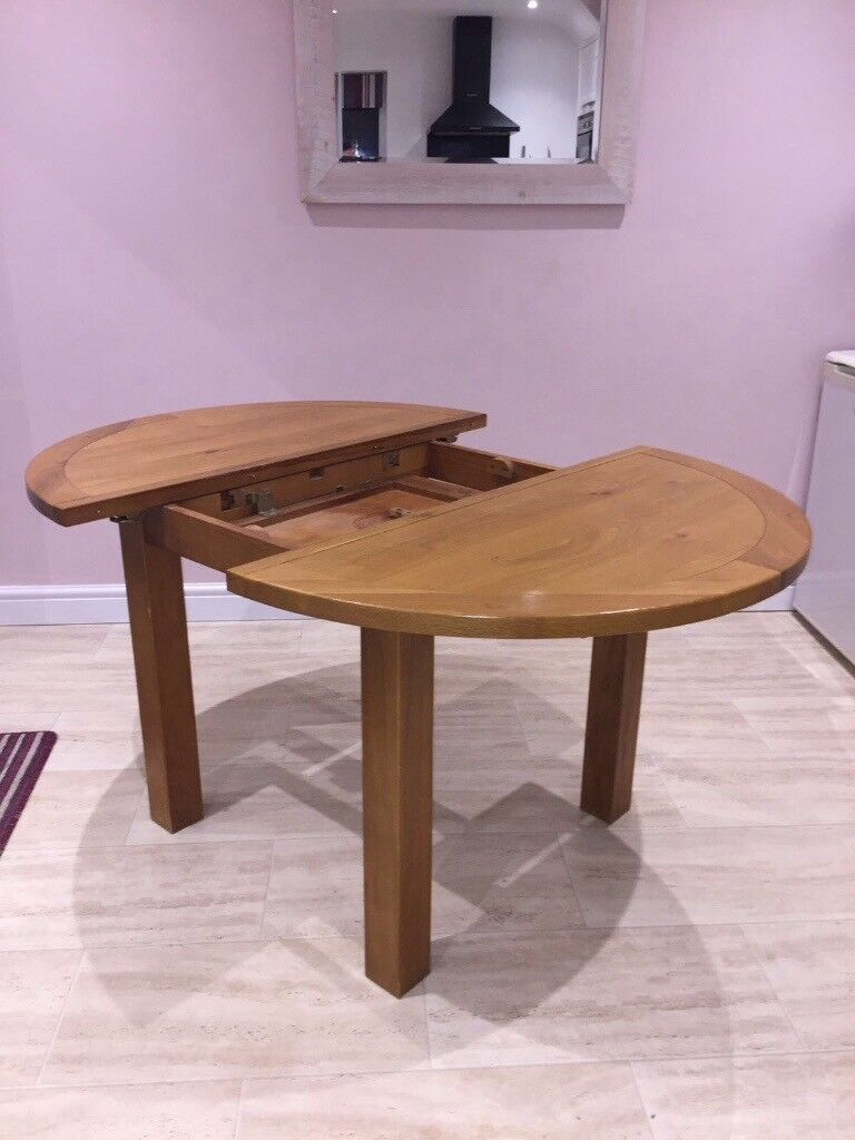 Fenwicks Solid Oak Extendable Dining Table Chairs Not Included In Newcastle Tyne And Wear Gumtree