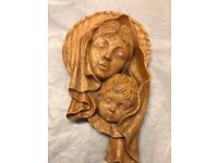 """Vintage Resin Wall Plaque """"Mother and Child """""""