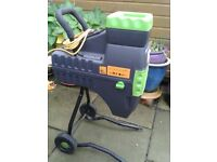 Garden Shredder - Performance Power Tool