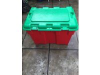 Very large storage box ,ideal for toys,fishing stuff,linen etc etc