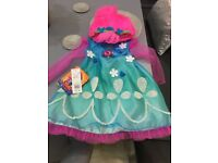 Trolls poppy dress age 3-4 brand new