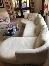 Natuzzi - leather sofa and 2 reclining chairs RRP 6k